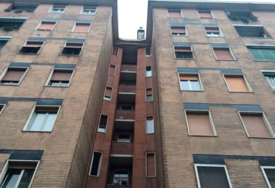 Trilocale via F. Rosselli, Milano