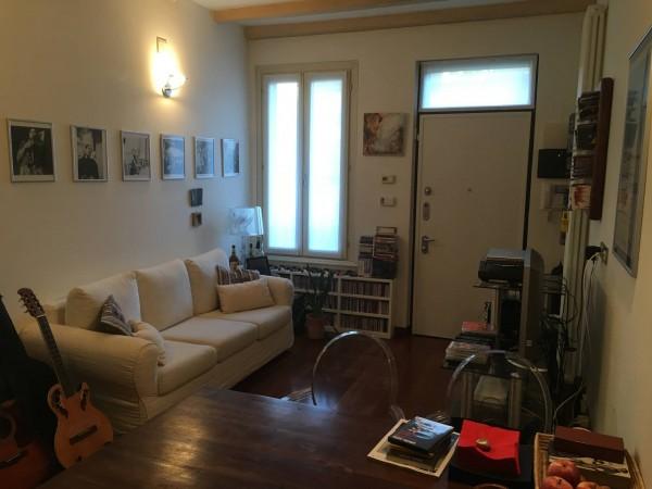 Bilocale via luigi canonica 41 milano ratti real estate for Contratto affitto appartamento arredato
